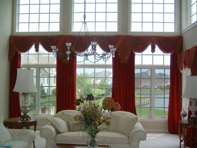 interior-decoration-curtain-window-curtains-interior-design-red-and-white-walls-and-white-floors-and-white-sofa-two-table-lamps-pendant-lights-and-flowers-countertop-glass-wall-interior-modern-comely