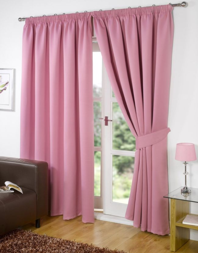 living-room-sheer-curtain-ideas