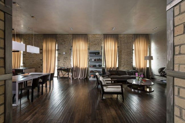 Podil-Loft-Apartment-01