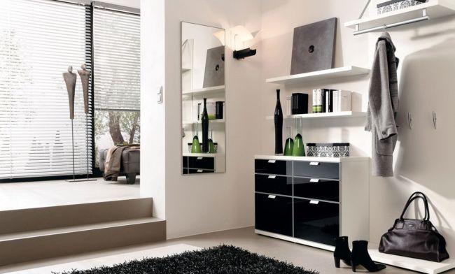 dizajn-prihozhej-v-cherno-beloj-gamme